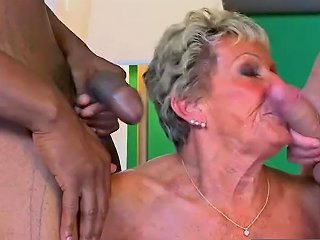 Great Milf Sandra Ann Gives Handjob Well Hot Dad 039 S Friend 124 Redtube Free Blowjob Porn